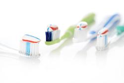 Welche Zahnpasta ist die richtige bei Parodontose?